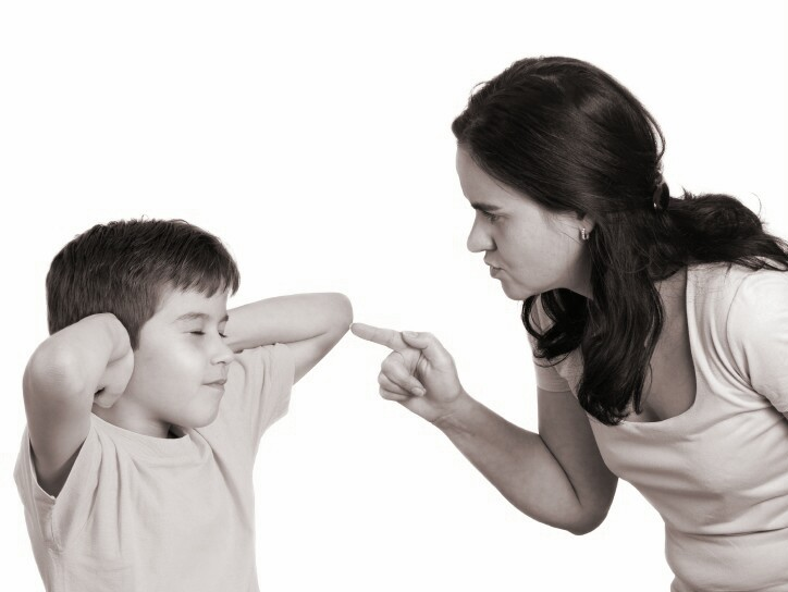 Read more about the article 4 Things You Shouldn't Do As a Parent